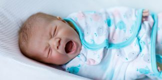 Cry it out - sleep training method for babies