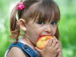 Apples For Kids – Benefits & Interesting Facts