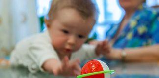 Pincer Grasp In Babies - Development Milestone