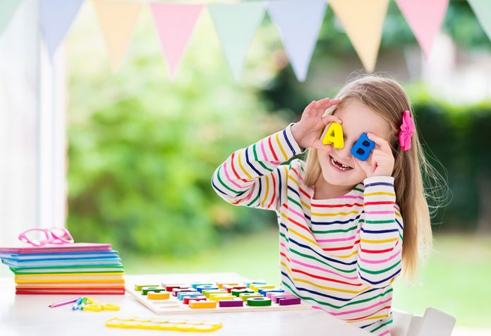 GAMES FOR KIDS TO LEARN ENGLISH
