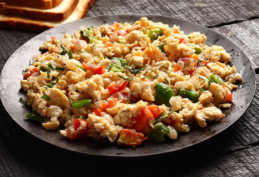 Scrambled Eggs with Tomatoes, Onions and Cheese